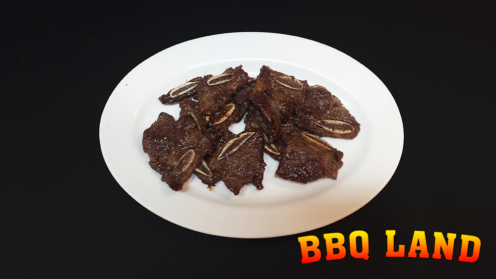 BBQ Land Beef Gal Bee Plates